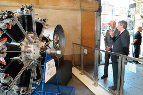 Patrick Hassell (Rolls-Royce Heritage Trust) with HRH Duke of Kent, who officially opened the exhibition at a lunchtime event on 17 September, at the engine display in the museum foyer.